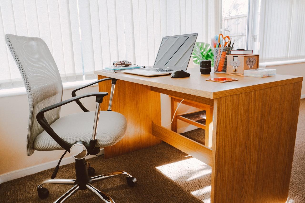 Cum alegem scaunul ergonomic potrivit?